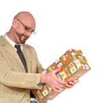 発表!【プレゼントランキング】50代男性におすすめトップ10 <ナンバー1プレゼントは実用性のあるコノ!アイテム>