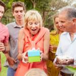 【50代女友達への誕生日プレゼント】絶対に喜ばれるおすすめ人気ギフト20選!2020年徹底解明版