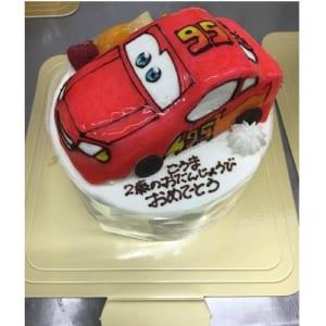 【カトルセゾン】のりもの立体生クリームデコレーションケーキ