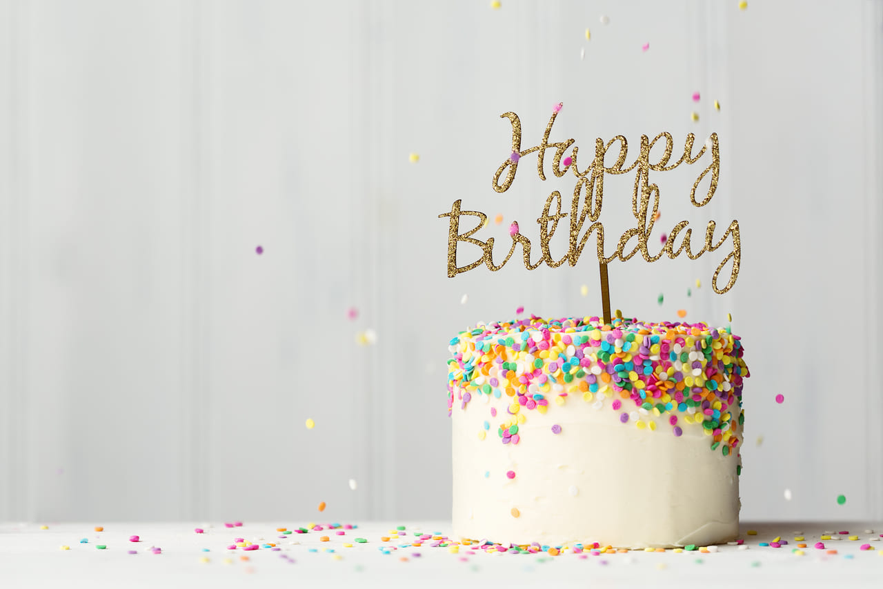 心に残る誕生日イラスト入り誕生日ケーキでいつもと違うバースデーを