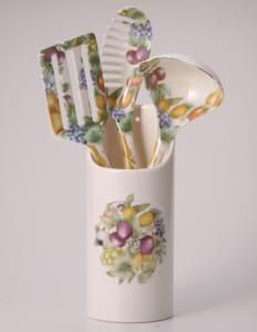 【キッチン4点セット】耐熱性・耐久性に熟れた陶器のようなメラミン製