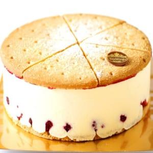 【最高級洋菓子・4号】洋菓子店カサミンゴーのレアチーズケーキ