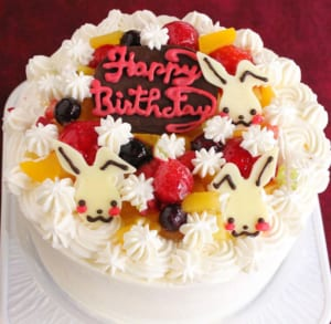 【4~7号】うさちゃん生クリームデコレーションケーキ