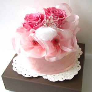 プリザーブドフラワーのプチフェイクケーキ