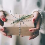 【年代別】お世話になった職場の女性へ贈る送別会のプレゼント