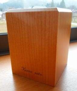 メープルのペン立て 名入れ彫刻サービス!! 【誕生日・入学祝・記念品・贈り物】