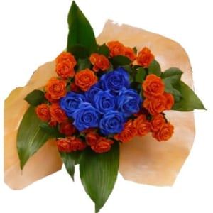 ブルローズーとオレンジバラの花束