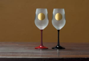 ワイン好きのための ADERIA ワイングラス ペア 日本の夜を楽しく ステム漆塗り 2個セット S-6256 グラス 贈り物 和風 和柄 プレゼント 酒器 おしゃれ 日本製 酒好き 酒器 おしゃれ ギフト 贈呈 職人 by Lifeit(ライフイット)