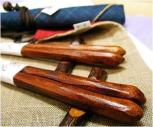 栗けずり夫婦箸袋(紺・赤)・梅小枝箸置きセット