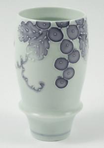 一珍ブドウ(紫) 有田焼 匠の蔵 プレミアムビアグラス