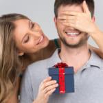 【期待が膨らむ!交際をはじめて5年目の記念日】サプライズでプロポーズの演出もあり?なし?