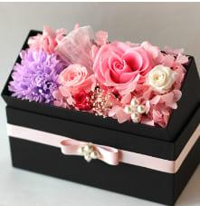 プリザーブドフラワー ボックスフラワー ギフト ボックス 枯れない花 フレグランス ソープフラワー 敬老の日 母の日 お返し 退職祝い 結婚祝い 誕生祝い 敬老の日ギフト by プリザーブドフラワーAzurosa