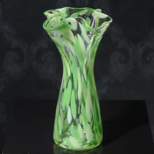 新緑の息吹 ガラス 花瓶 花器 大きい 無料ラッピング 可 おしゃれ 日本製 大きな フラワーベース 青森 津軽 職人 大型 生け花 活花 生花 活け花 国産 きれい キレイ かわいい 手作り ギフト 贈り物 プレゼント by Lifeit(ライフイット)