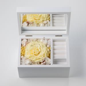 【プロポーズ】Special高級オルゴール ジュエリーボックス≪イエロー≫プリザーブドフラワー by Patisserie+Flower
