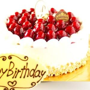 「シュス」木苺レアチーズケーキ