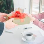 【転勤祝い】女性の上司や先輩、同僚に贈るおすすめプレゼント52選!