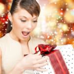 女友達へのプレゼントに迷ったらコレ!おすすめの厳選アイテムをランキングでご紹介