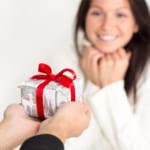 【アラフォー女性に贈る】プレゼントには何が喜ばれる?選び方&厳選商品をご紹介!