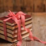 お誕生日には本のプレゼントを!選び方のポイントから喜ばれる読書グッズまで一挙公開!