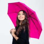 【女性の誕生日プレゼントに傘を贈る!】選び方やおすすめ商品を紹介します