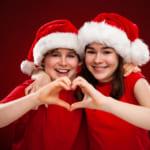 中学生の彼氏が喜ぶクリスマスプレゼント33選!予算や渡し方も徹底リサーチ