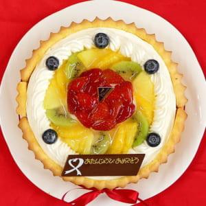 ビスキュイ付きフレッシュフルーツ乗せフレッシュ生クリームのショートケーキ