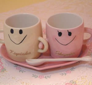 名入れ なかよしペアマグカップ(ソーサー、スプーン付