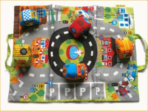 【カーズインタウン】車のおもちゃ 知育玩具 ケーズキッズのおもちゃ 布製おもちゃ 自動車 救急車 消防車 車 運転*出産祝いやギフトにもどうぞ by タオル製ベビー服専門店ハイディ