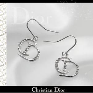送料無料 クリスチャンディオール Christian Dior イヤリング CDロゴ ピアス シルバー×クリスタル by 感動物語 ギフトモール店-★リボンをほどくと溢れる笑顔★-おしゃれで素敵なプレゼントやギフトにお勧めのブランド雑貨を通販-
