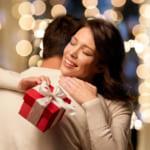 30代の彼女が喜ぶクリスマスプレゼント!人気のアイテムをランキング形式で紹介!