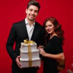 社会人の彼氏に贈るワンランク上のクリスマスプレゼント特集!相場や選び方と併せてご紹介