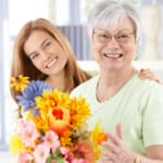 仲を深めたい!お義母さんに喜ばれる「母の日」のプレゼントはどう選ぶ?