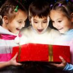 【クリスマス】小学生に大人気のプレゼント&サプライズを大調査!本当に喜ばれるものを多数紹介♪