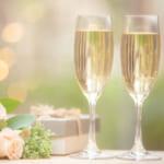 結婚祝いに贈るワインはどう選ぶ?おすすめワイン&セット、合わせて贈りたいギフトもご紹介!