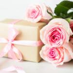 【結婚祝いのランキングTOP10!】喜ばれるおすすめアイテム50品と知っておきたいマナーを一挙公開!