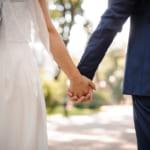 先輩に結婚祝いを贈るときのポイントとは?おすすめのギフトも合わせてチェック!