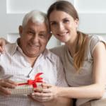 【子どもから感謝を込めて】お父さんが喜ぶ退職祝いの選び方とおすすめギフトをご紹介!