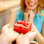 5000円で選ぶなら!女性へのプレゼントでおすすめのハイセンスなブランドって何?【世代別】