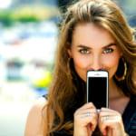 ブランドの手帳型iphoneケースでアピールしたい!男女別で人気商品をチェック