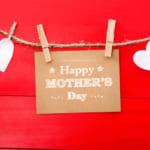 【母の日】の世界事情!英語で感謝を伝える例文&アイテムを紹介
