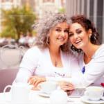 【60代の母へ】忙しい日々を忘れて笑顔になれる!母の日のプレゼント60選