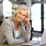 60代女性への退職祝い|心に響く感動のプレゼント45選<セカンドライフを楽しむ贈り物>