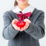 【バレンタイン】高校生が喜ぶプレゼントはコレ!チョコ以外の実用的&おしゃれアイテムもご紹介