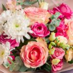 母の日に贈る人気の花<種類別>ランキングTOP15|花言葉も要チェック!