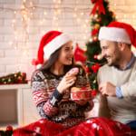 カップルの新しいクリスマスの過ごし方!お出かけ編&おうち編+おすすめプレゼント20選